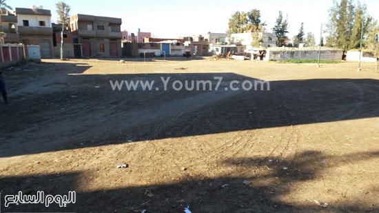 المكان المخصص لبناء المدرسة بدسوق  (3)