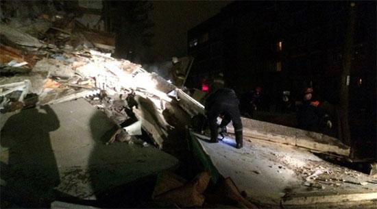 انهيار مبنى بروسيا (2)