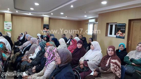 ندوة بعنوان تمكين المرأة اقتصاديا واجتماعيا بجامعة طنطا (2)