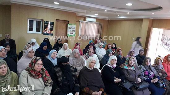 ندوة بعنوان تمكين المرأة اقتصاديا واجتماعيا بجامعة طنطا (4)