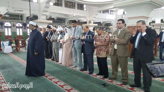 أحمد-الطيب-يزور-مسجد-الأزهر-بجاكرتا-(3)