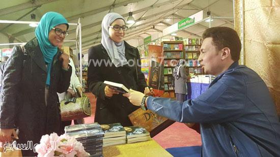 ماجد عبدالله، قمر لينا، معرض القاهرة، دار ليلى، اخبار الثقافة، اخبار الاثار (3)