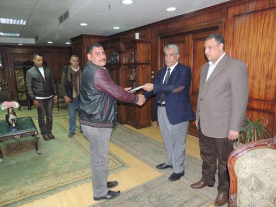 اللواء عبد الباسط دنقل، مساعد الوزير مدير أمن أسيوط، (2)
