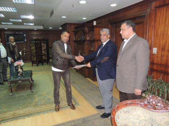 اللواء عبد الباسط دنقل، مساعد الوزير مدير أمن أسيوط، (4)