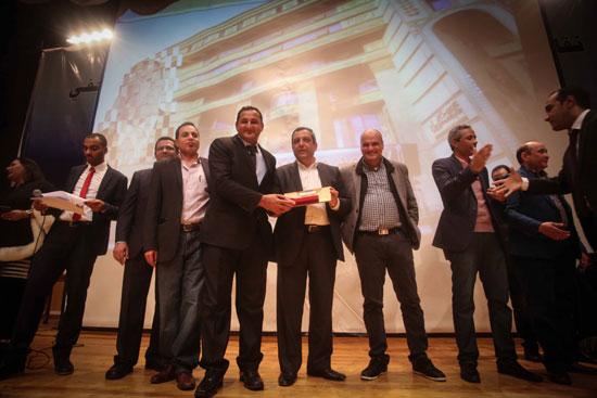 اليوم السابع، مؤسسة وان افرا، فوربس، دير جيست، سيمور هيرش، صحافة الاستقصاء، جوائز التفوق للمحررين (3)