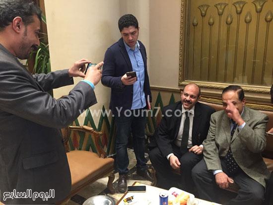 خروج كمال احمد (1)