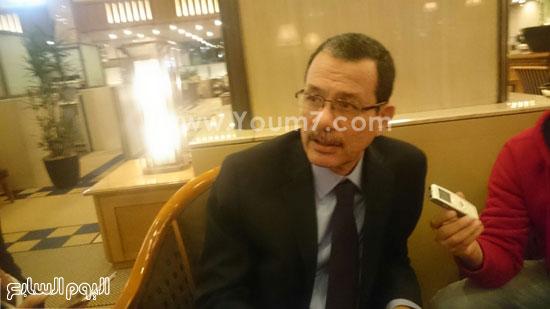 -الدكتور-أحمد-درويش-(1)