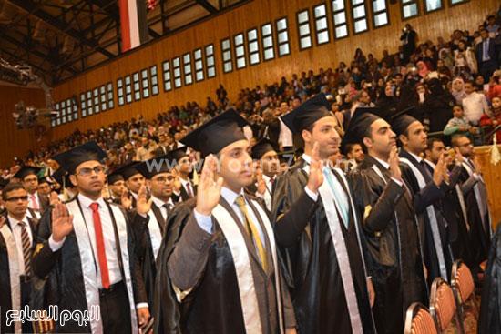 تخرج طلاب -كليه الطب- جامعه اسيوط (10)