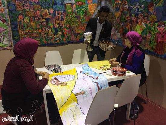 البحرين تستقبل زوار معرض الكتاب (10)