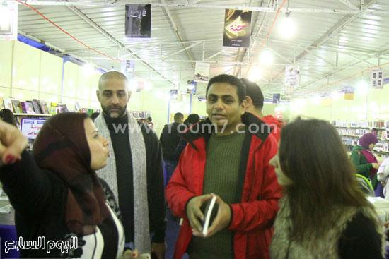 محمد صلاح العزب ، ستديو ريهام للتصوير ، معرض الكتاب ، اخبار الثقافة (18)