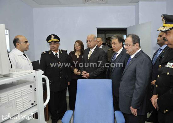 وزارة الداخلية مستشفى الشرطة  اخبار مصر شريف اسماعيل رئيس الوزراء (4)