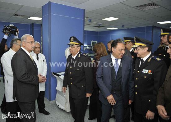 وزارة الداخلية مستشفى الشرطة  اخبار مصر شريف اسماعيل رئيس الوزراء (11)