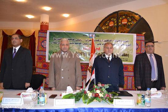 رئيس-جامعة-الإسكندرية--مهارات-الشباب-(1)