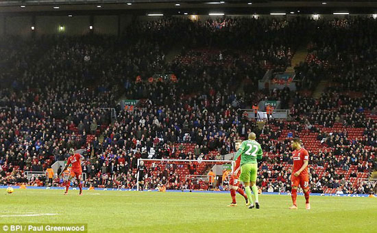 30F30FBC00000578-0-Around_10_000_Liverpool_fans_made_an_early_exit_from_Anfield_in_-a-1_1455005623468
