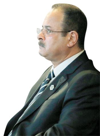 محمد صلاح العزب (2)