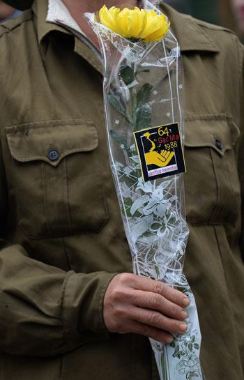 320161410418339فيتنام-الصين-ذكرى-مقتل-64-جندى--(6).jpg