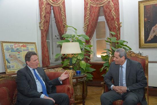 لقاء وزير التعليم مع السفير الهولندى (3)
