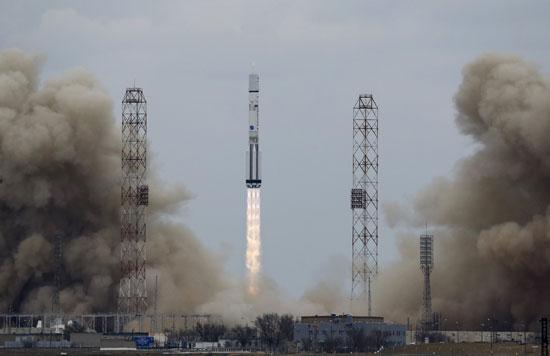 المريخ، رحلة للمريخ، مهمة المريخ، اكتشاف المريخ، كسومارس، الصاروخ بروتون (2)