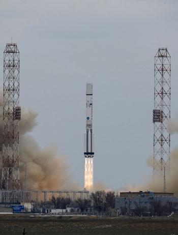 المريخ، رحلة للمريخ، مهمة المريخ، اكتشاف المريخ، كسومارس، الصاروخ بروتون (3)