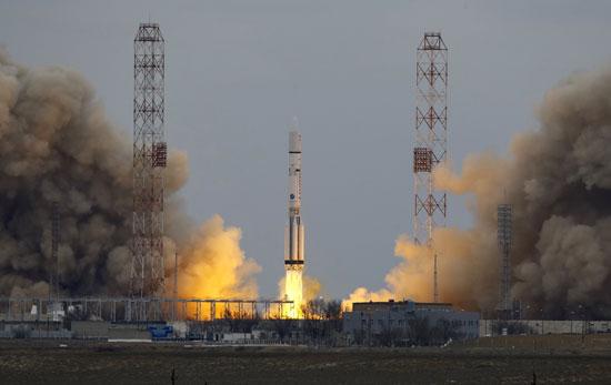 المريخ، رحلة للمريخ، مهمة المريخ، اكتشاف المريخ، كسومارس، الصاروخ بروتون (6)