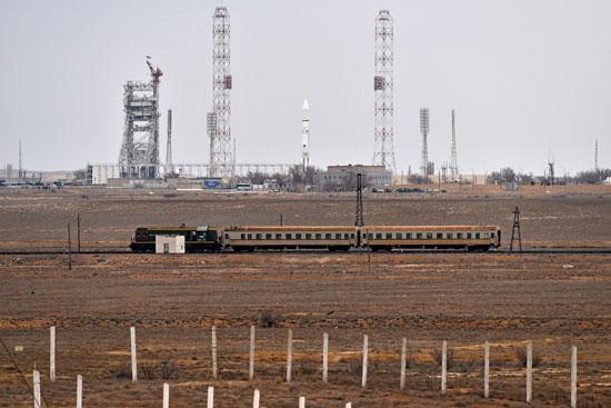 المريخ، رحلة للمريخ، مهمة المريخ، اكتشاف المريخ، كسومارس، الصاروخ بروتون (11)