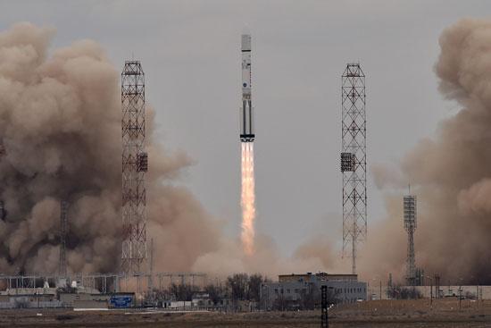 المريخ، رحلة للمريخ، مهمة المريخ، اكتشاف المريخ، كسومارس، الصاروخ بروتون (13)