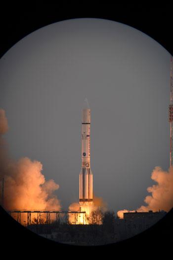 المريخ، رحلة للمريخ، مهمة المريخ، اكتشاف المريخ، كسومارس، الصاروخ بروتون (18)