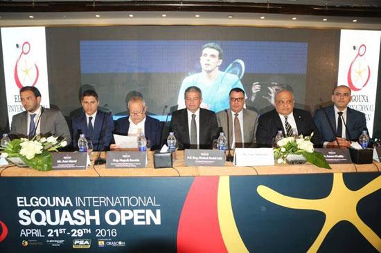 نجيب ساويرس يدعم بطولة الاسكواش (1)