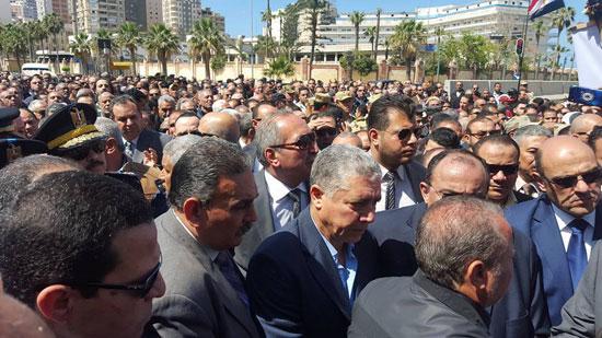 جنازة نجل محمد عمر (4)