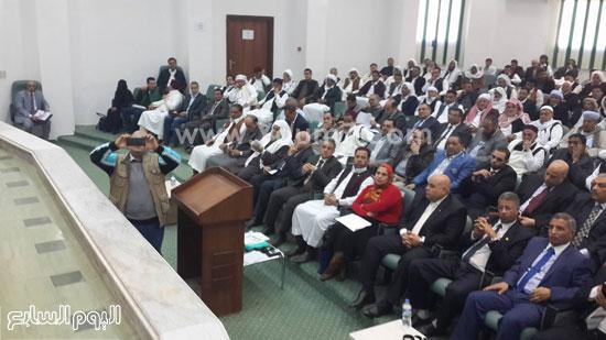 وفد-البرلمان-بمطروح-يعقد-اجتماعا-مع-الأهالى-للوقوف-على-مشاكل-المحافظة-(4)
