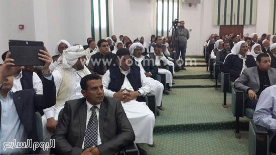 وفد-البرلمان-بمطروح-يعقد-اجتماعا-مع-الأهالى-للوقوف-على-مشاكل-المحافظة-(9)