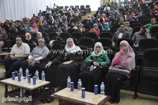حفل تنصيب اتحاد طلاب صيدلة جامعة قناة السويس (4)