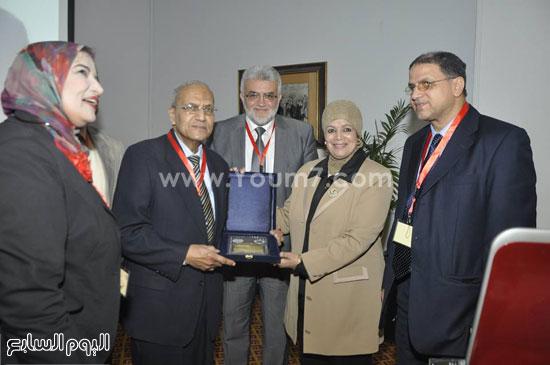 حفل تنصيب اتحاد طلاب صيدلة جامعة قناة السويس (5)