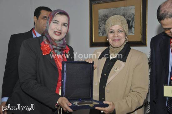 حفل تنصيب اتحاد طلاب صيدلة جامعة قناة السويس (6)
