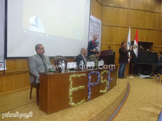 الدكتور ماجد القمرى رئيس جامعة كفر الشيخ (1)