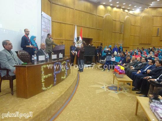 الدكتور ماجد القمرى رئيس جامعة كفر الشيخ (2)