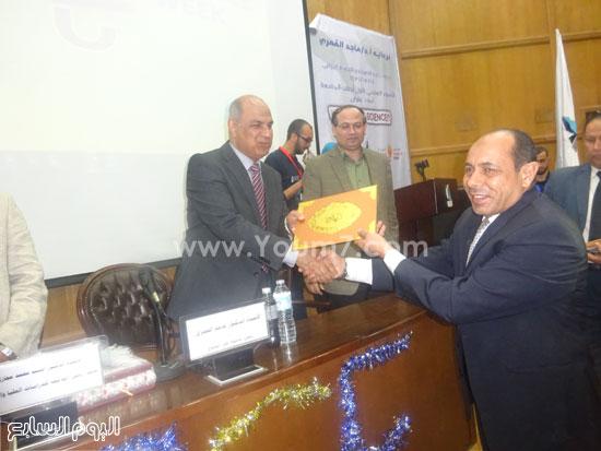 الدكتور ماجد القمرى رئيس جامعة كفر الشيخ (3)