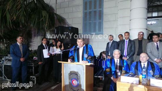 الدكتور أشرف الشيحى وزير التعليم العالى (1)