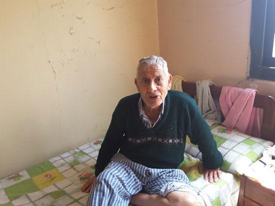 مسن بدار مسنين (7)