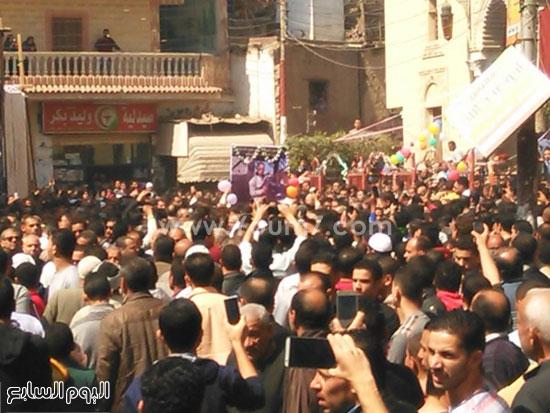 بالصور..-الآلاف-من-اهالى-البحيرة-يشيعون-جنازة-شهيد-الجيش-فى-حادث-العريش-(4)