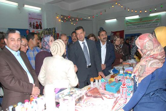 معرض المجلس القومى للمرأة للمنتجات اليدوية (5)