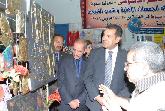 معرض المجلس القومى للمرأة للمنتجات اليدوية (6)