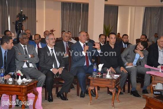 وفد اللجنة البرلمانية ينطلق من مرسى علم لتفقد مدينة شلاتين (2)