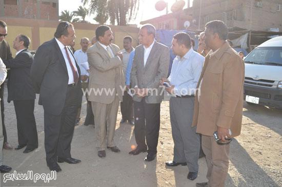 مدير مستشفى نجع حمادى-اللواء عبدالحميد الهجان -محافظ قنا (3)