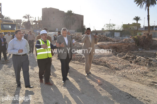 مدير مستشفى نجع حمادى-اللواء عبدالحميد الهجان -محافظ قنا (4)