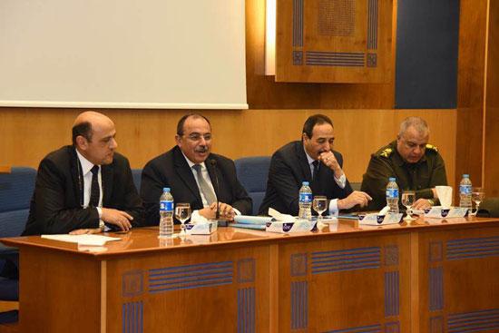 المهندس محمد عبد الظاهر محافظ الإسكندرية (4)