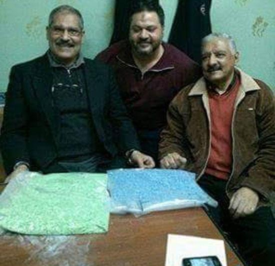 -ضبط-10-آلاف-قرص-مخدر-داخل-طرد-ملابس-بمطار-القاهرة-(3)