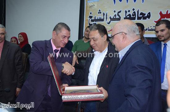 وكيل وزارة الأوقاف بكفرالشيخ لن ننسى أمهات الشهداء (4)