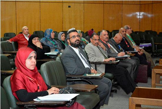 المؤتمر الدولى الثامن للتنمية والبيئة بجامعة أسيوط (7)