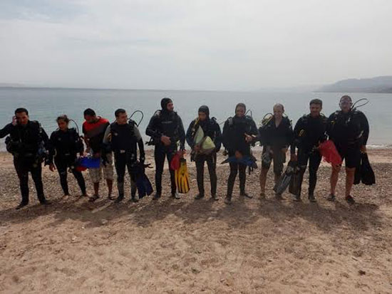 حملة نظافة لمناطق الغوص بمحمية أبو جالوم بطابا (2)